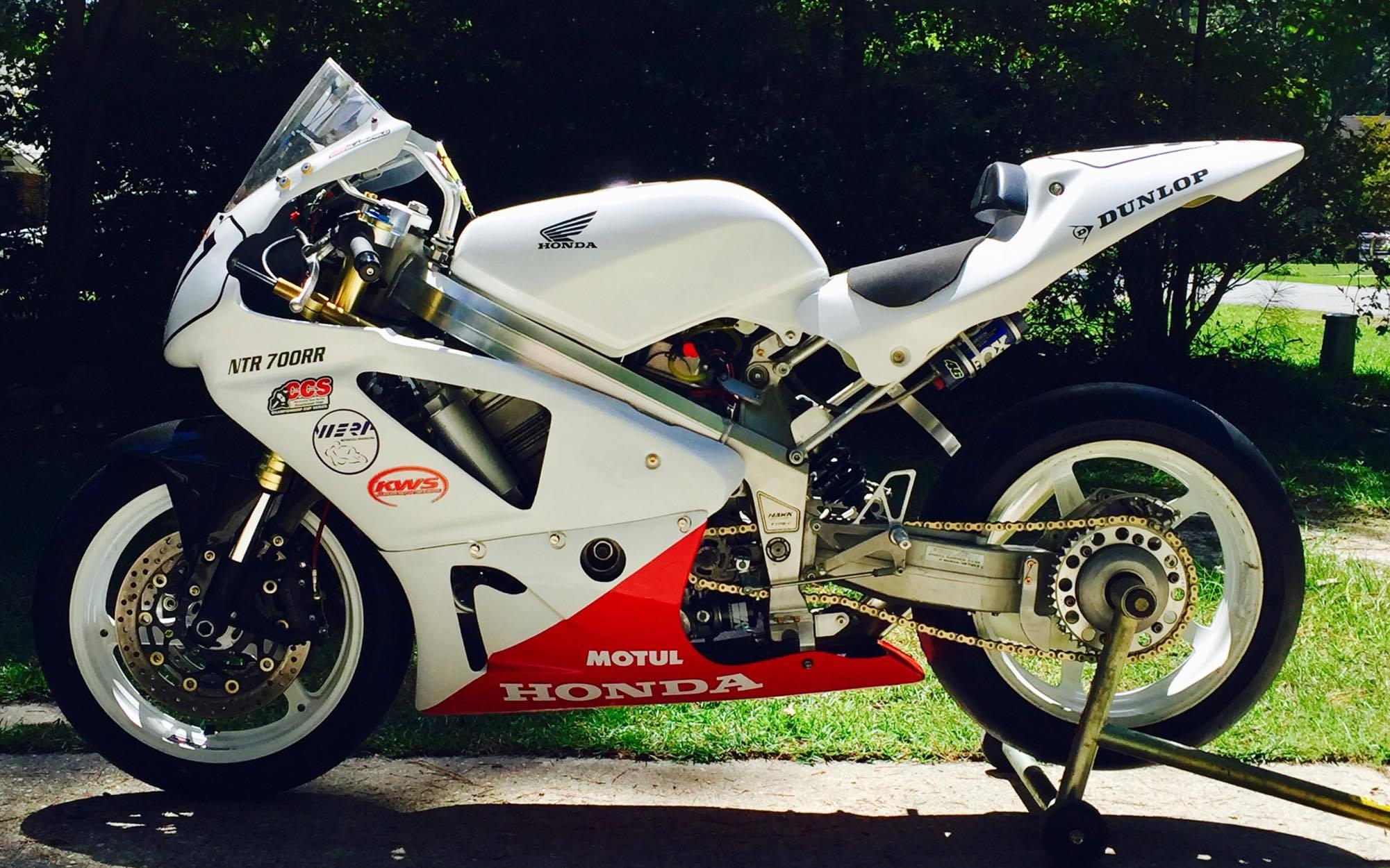 Honda Hawk NT 650 Race Bike Superbike