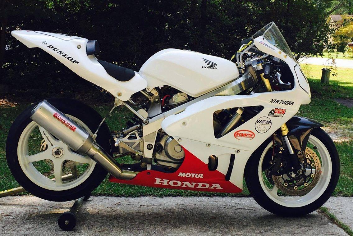 Honda Hawk 650GT Race Bike Superbike 700cc