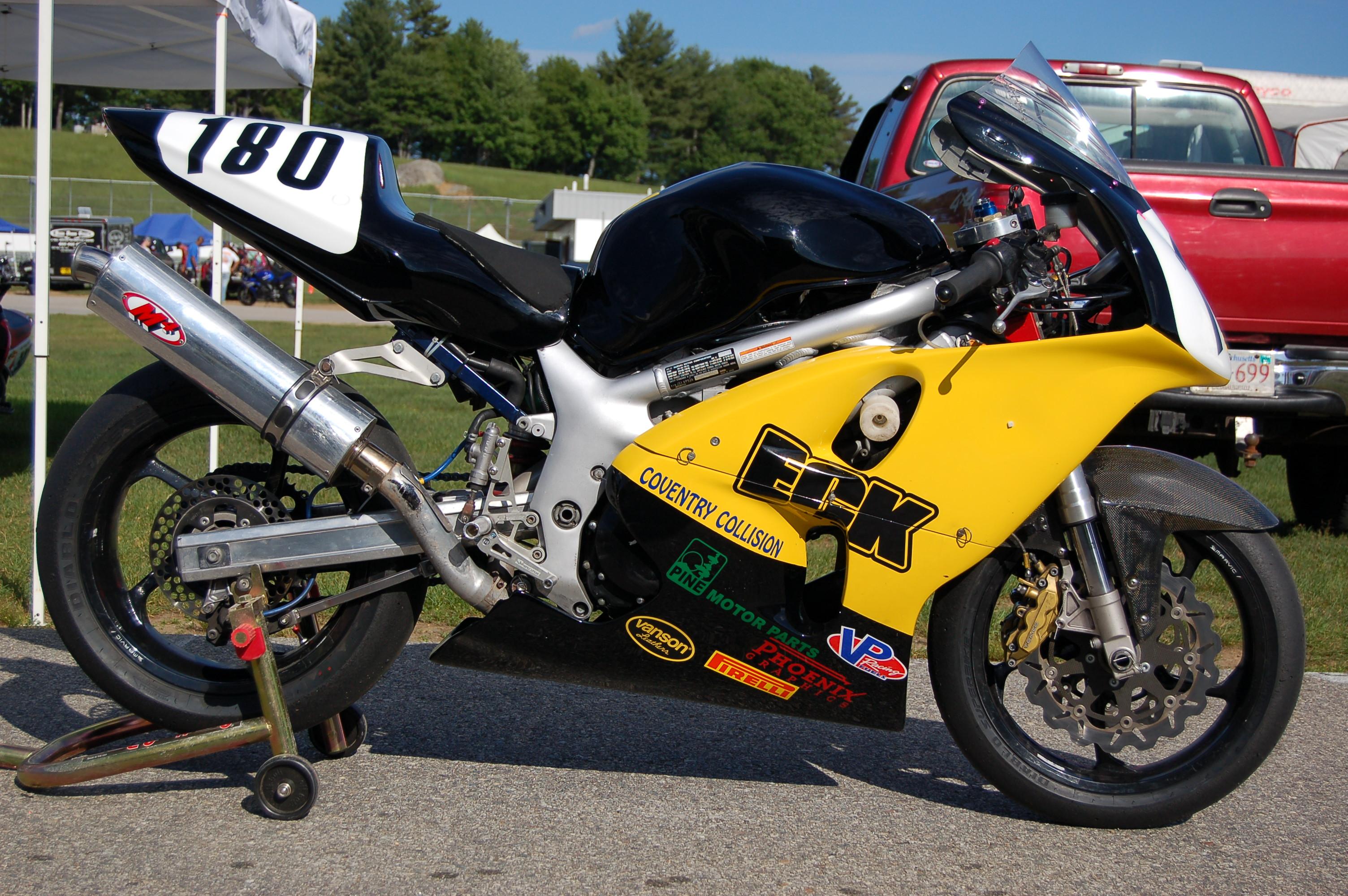 5 Modish 1st Gen Sv650s Lwt Racer